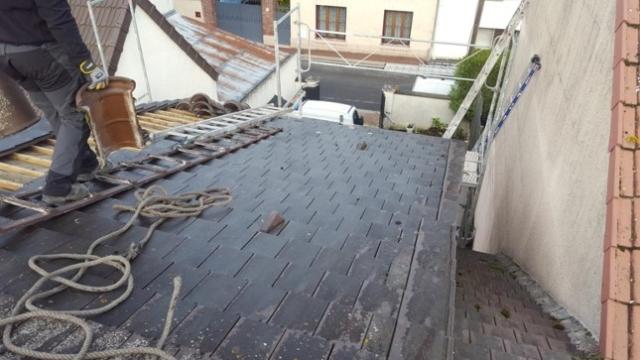 Réparation toit 77